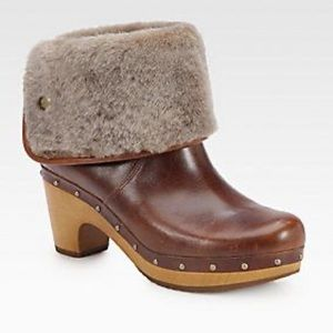 UGG Lynnea Shearling Lined Leather Clog Boots